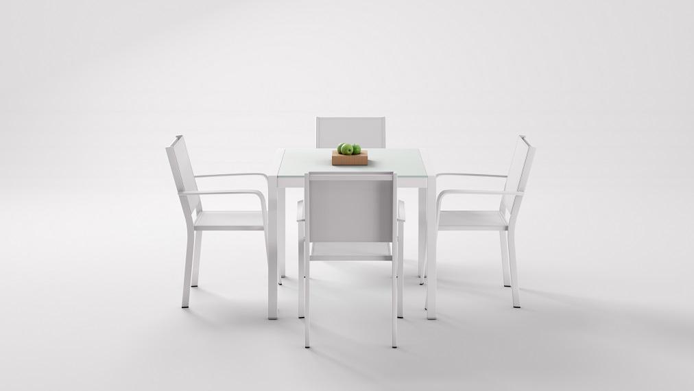 esstisch set ibiza 4 weiss grau living zone gartenmoebel living zone. Black Bedroom Furniture Sets. Home Design Ideas
