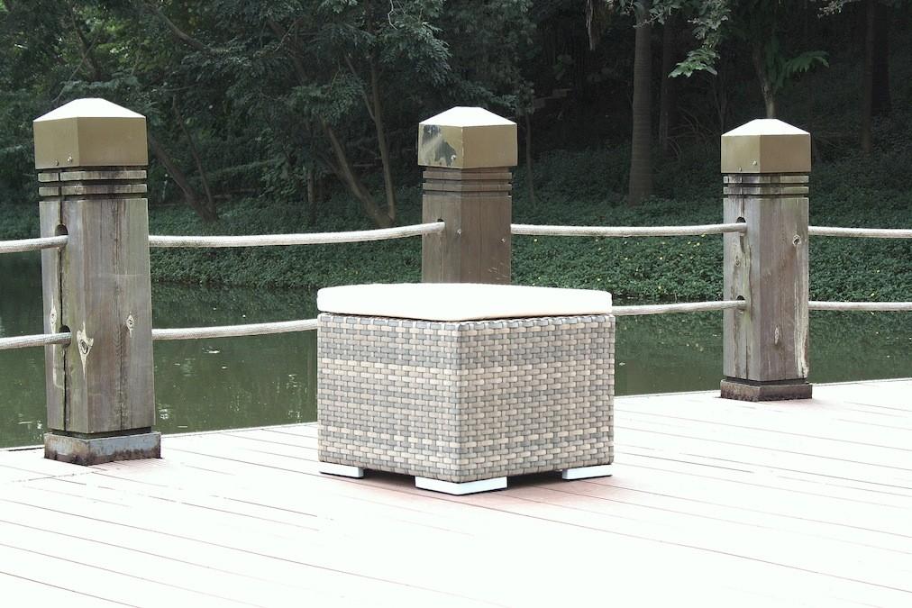 kl. Cube Hocker/Tisch - grau